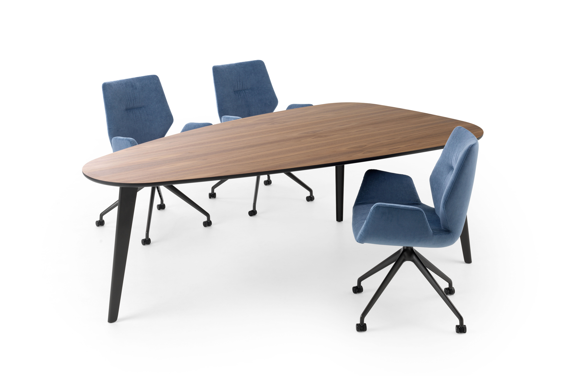 Стол Bondi от Leolux