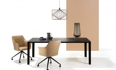 Стол Kalia от Leolux