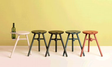 Bottle Stool от Pode