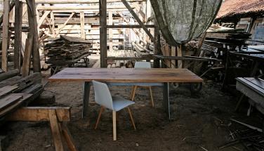 Стол BARBAROSSA от KFF